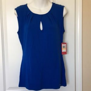 Vince Camuto top new with Tag